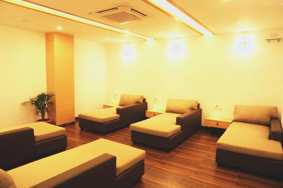 Freshup Poshtel Luxury Hostel in India